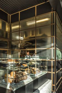 Glamorous Industrial Style Commercial hotels, bars, and restaurants Cafe Bar, Bakery Cafe, Cafe Shop, Bakery Shops, Hotel Restaurant, Modern Restaurant, Restaurant Kitchen, Bakery Design, Cafe Design
