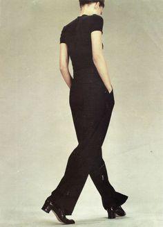 "dustulator: "" Guinevere van Seenus for Jil Sander Spring 1996 "" Fashion Poses, 90s Fashion, Trendy Fashion, High Fashion, Vintage Fashion, Fashion Editorials, Jil Sander, Foto Banner, 90s Wear"