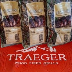 These are my go to pellets for my grilling.  Mixture of hickory, red and white oak and Rosemary Herbs in the pellets.  Big Game Blend putting great  flavors in your food. @traegergrills @realtreeoutdoors #traegernation #traegergrills #realtreeoutdoors #realtree #wood #gotwood #pellets #pelletsmoker #smoker #flavors #traegerbbq Reposted Via @traegerman_bk