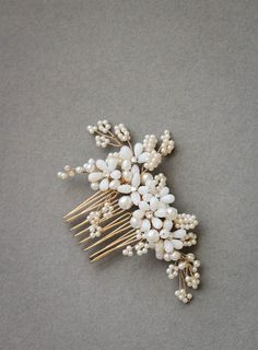 PORTIA bridal pearl hair comb