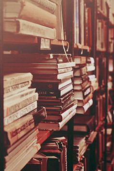 In a good book room you feel, in some mysterious way, that you are absorbing the wisdom contained in all the books through your skin - without ever even opening them. ~ Mark Twain