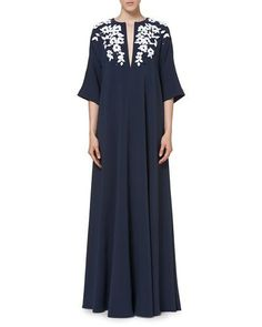 W0GKV Carolina Herrera Embroidered Half-Sleeve Caftan Gown, Navy