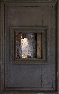 Box sculpture - by Peter Gabriëlse - 127-42 | Flickr - Photo Sharing!