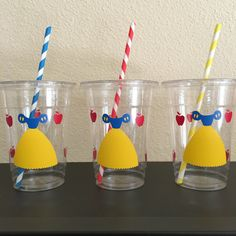 Snow White party cups by DivineGlitters on Etsy