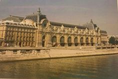 Gare d'Orsay. Paris; An Architectural History, Anthony Sutcliffe 1993.