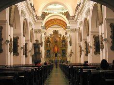 Interior de La Catedral de Guatemala