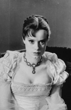 "Elsa Lanchester - As Mary Wollstonecraft Shelley In ""Bride Of Frankenstein"""