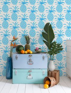 This Azul pineapple wall paper is gorgeous!