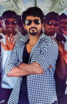 Sivakarthikeyan Wallpapers, Wallpaper Photo Hd, Tamil Actress Photos, Hd Images, Shawn Mendes, I Dress, Art Photography, Handsome, Hero