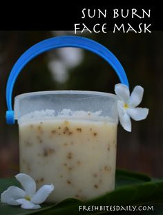 A sun burn remedy mask for heat and redness (with a food that may surprise you). Oatmeal Bath For Sunburn Be Natural, Natural Healing, Natural Skin, Natural Living, Healing Herbs, Natural Beauty, Natural Home Remedies, Herbal Remedies, Health Remedies