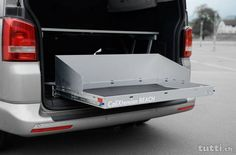 Heckauszug California Beach VW T5/T6 - Mit den CaliXtension Auszugsschubladen für den VW California T5 / T6 BEACH haben Sie endlich Ordnung in Ihrem K...