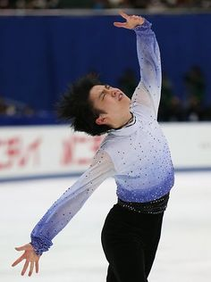 男子ショートプログラム(SP)で演技する羽生結弦=26日、長野市のビッグハット ▼26Dec2014時事通信|着実前進、3連覇視界に=羽生、ジャンプは課題-全日本フィギュア http://www.jiji.com/jc/zc?k=201412/2014122600777 #Yuzuru_Hanyu #Big_Hat_Nagano #Japan_Figure_Skating_Championships_2014 ◆Japan Figure Skating Championships - Wikipedia http://en.wikipedia.org/wiki/Japan_Figure_Skating_Championships