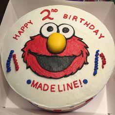 Elmo birthday cake.