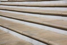 Bullnose tiles as step edging