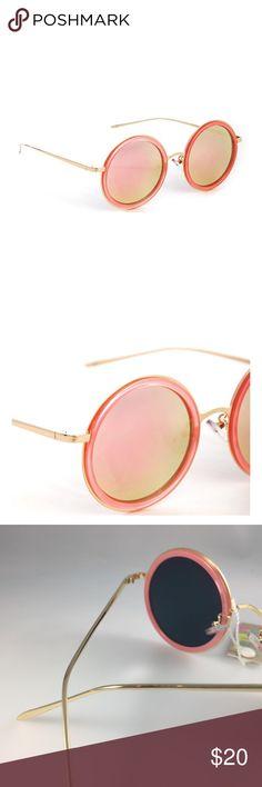 Chic Round Sunglasses. - Brand new. - Polarized lenses. - 99% UVA/UVB protection. - 🚫trades. Accessories Sunglasses