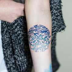 Ces tatouages géométriques et colorés sont de vraies œuvres d'arts !