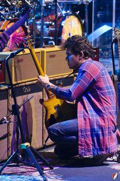 John Mayer in dead ans company. Photo Katie Friesema