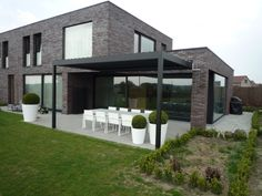 Pergola Front Of House Info: 4810055939 Diy Pergola, Corner Pergola, Pergola Canopy, Pergola Swing, Pergola Kits, Garden Architecture, Modern Architecture, Indoor Outdoor, Outdoor Living