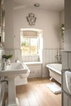 Home Decor Farmhouse Farmhouse bathroom ideas layout window 51 ideas.Home Decor Farmhouse Farmhouse bathroom ideas layout window 51 ideas Large Bathrooms, Bathroom Sets, Amazing Bathrooms, Modern Bathroom, Small Bathroom, Dyi Bathroom, Cream Bathroom, Country Bathrooms, Neutral Bathroom