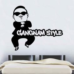 red home accents Wandsticker Gangnam Style East Urban Home Farbe: Brillantblau, Gre: XL
