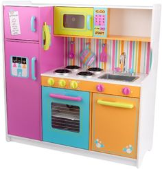 KidKraft Deluxe Big & Bright Wooden Kitchen Wooden Play Kitchen Kids will feel just like mom and dad when they cook up fun with the Deluxe Big and Bright Wooden Kitchen by KidKraft. This kids wooden play kitchen is cute, colorful and built to last. Cocina Kidkraft, Kidkraft Kitchen, Kitchen Playsets, Wooden Play Kitchen, Kids Play Kitchen, Play Kitchens, Bright Kitchens, Toy Kitchen, Decorating Kitchen