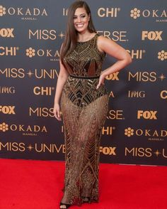Jan, Ashley Graham on the red carpet at the SMX in Pasay City. Miss Universe VIP's walked the red carpet at the SMX in Pasay City a day before the coronation. Credit: J Gerard Seguia/Pacific Press/Alamy Live News - Stock Image Ashley Graham Outfits, Ashley Graham Style, Xl Mode, Mode Plus, Look Plus Size, Plus Size Model, Curvy Girl Fashion, Plus Size Fashion, Modelo Ashley Graham