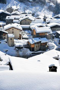 Sainte Foy - Tarentaise : Hameau de la Mazure Sainte Foy, Stations De Ski, France, Rhone, Holiday Destinations, Winter, Skiing, Europe, Snow
