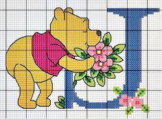 #Monograma Ursinho Pooh - letra J #bordado #CoatsCorrente