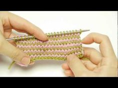 How to Knit Single or Odd Numbered Row Stripe Pattern Without Cutting Yarns - video tuto