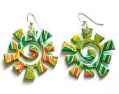 one of the more creative pieces of recycled jewelry IMHO: soda cans