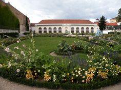 Belvedere's Chamber Gardens, with their magnificent Baroque layout | Vienna, Austria