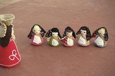Falleras de ganchillo, la Ofrenda de #Valencia en #Fallas #amigurumi #crochet