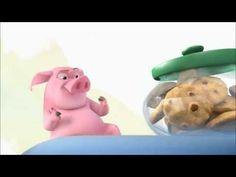 Когда свинке хочется печенек, преград на её пути не существует...