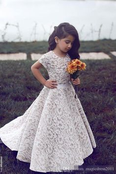 Cute Lace Flower Girl Dresses 2016 Short Sleeve Jewel Floor Length Ball Gown Cheap Custom Made Little Girls…