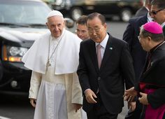 Pope Francis Charms and Comforts New York City - NBC News ~ Pope Francis arrives at the United Nations headquarters with Secretary General Ban Ki-moon on September 25, 2015 <3  <3