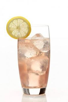 Gin Daisy In a shaker combine all ingredients (except soda water), add ice, and shake well for 10 seconds. Strain cocktail into glassware of your choice filled with cracked or crushed ice. Top with soda. No ice if served in a chilled martini/cocktail glass.  Ingredients  Makes one drink: 2 ounces Gin 1/2 ounce Fresh Lemon Juice 2 tsp. Classic Grenadine 1 tsp. Simple Syrup Soda Water  Garnish Seasonal Fruits of Choice