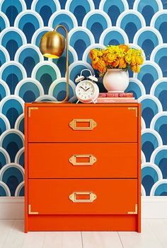 Want to spice up those old drawers? Cover them with stylish and unique wallpaper. This simple DIY can make your room pop! Pallet Crates, Wood Crates, Upcycled Furniture, Painted Furniture, Orange Furniture, Orange Dresser, Metal Lockers, Diy Cans, Old Drawers