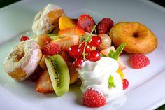 Šištičky s ovocným šalátom a mascarpone (fotorecept)