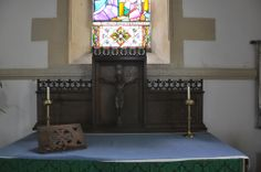Hazleton St Andrew's Norman stringcourse behind altar -58