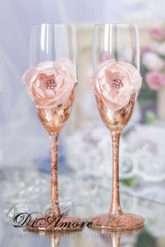 Bronze Champagne Flutes/Gatsby Style wedding/Personalized glasses/Crystals/Blush pink Handmade flower/Luxury traditional/mywedding/2pcs/ The new
