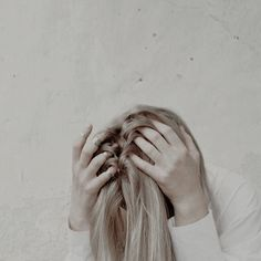 9 Things People Don't Realize You're Doing Because You've Been Abused By A Narcissist Santa Cristina, Chloe Decker, Captive Prince, The Secret History, Vampire Academy, Throne Of Glass, Wattpad, Red Queen, Girls Girls Girls