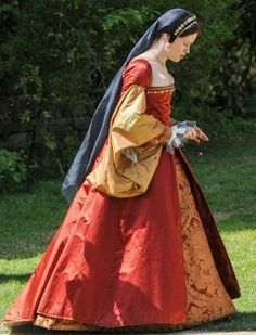 Red tudor dress