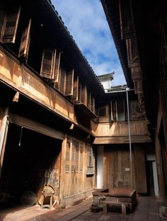 Within the Peabody Essex Museum is Yin Yu Tang, a late Qing dynasty merchants' house re-erected in the heart of the PEM.