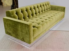 Shop sofas and other antique and modern chairs and seating from the world's best furniture dealers. Dining Room Blue, Dining Room Design, Interior Design Living Room, Cute Furniture, Sofa Furniture, Furniture Design, Milo Baughman, Vintage Sofa, Bed Back Design