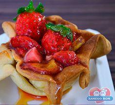 Prove o irresistível Gallete de Frutas com Doce de Leite. Receita:  http://xamegobom.com.br/receita/galette-de-frutas-com-doce-de-leite/