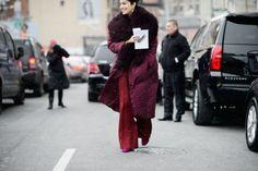 carolina-issa-fur-trim-coat-parka-red-pants-nyfw-street-style-elle-640x426
