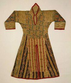 Africa | Tunic ~ jibbeh ~  from Mahdiyya State, Sudan. Cotton, silk, wool, cotton batting, dye | Late 19th century.