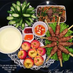 A Food, Food And Drink, Vietnamese Recipes, Vietnamese Food, Daily Meals, Cobb Salad, Meal Planning, Cooking, Health