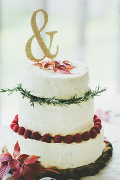 Buttercream Cake Fruit Herbs Topper Ampersand Eclectic Quirky DIY Vintage Wedding https://www.georgimabee.com/