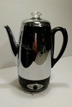 Vintage 1960s Sunbeam Deluxe 10-Cup Fully Automatic Percolator Coffee Pot Maker  AP 20 1960s